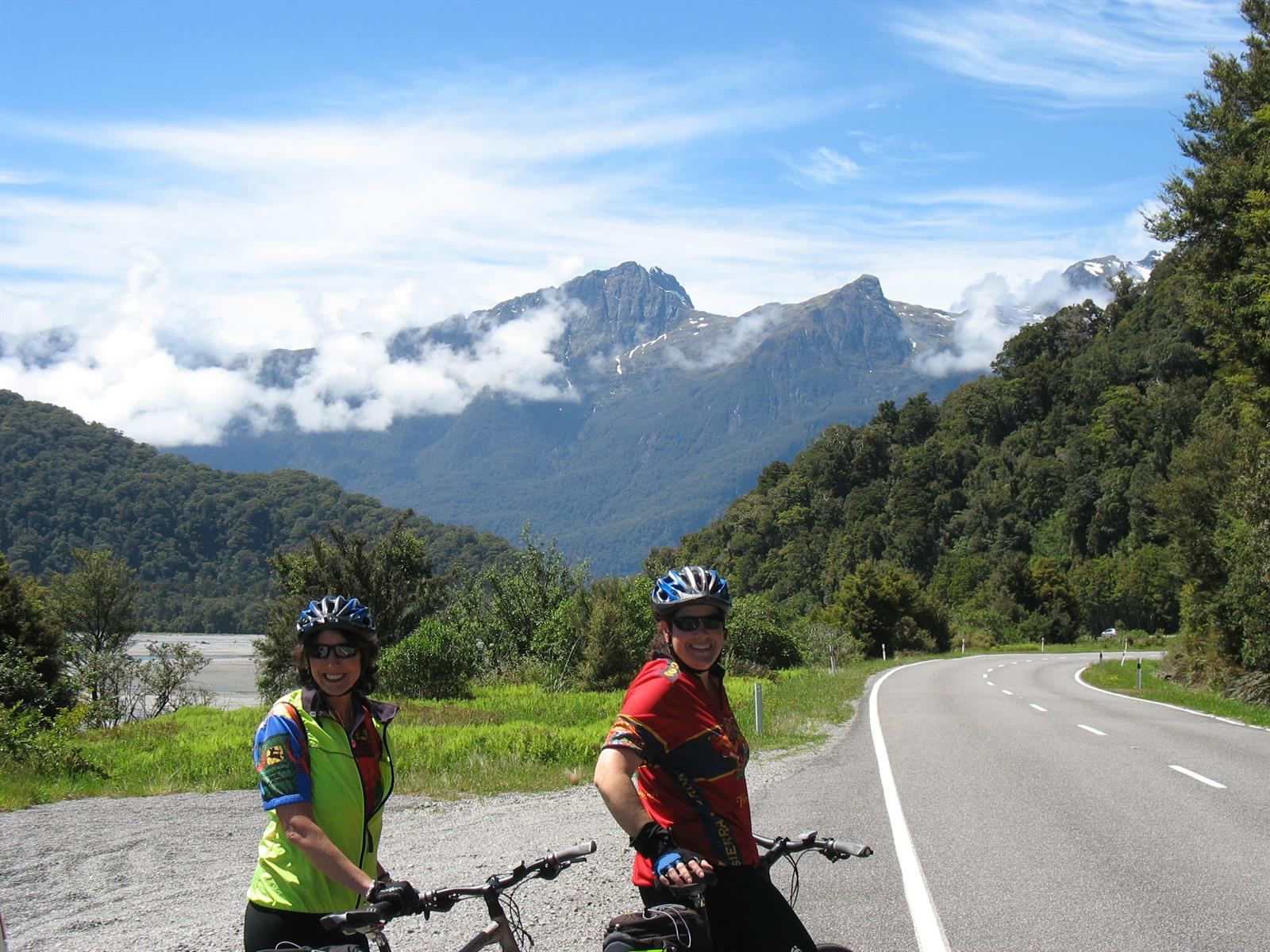 New Zealand Mountain Bike Tours